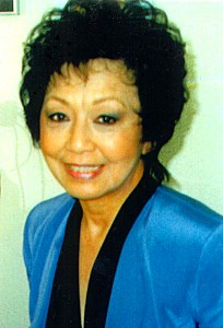 Effie Chow headshot