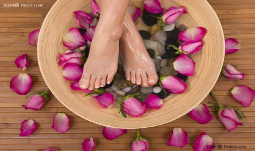 feet_flowers